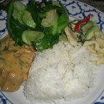 Pa Nang curry with duck, baby cabbage, green curry, rice