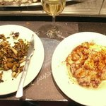 Sauteed mushrooms and spicy octopus
