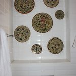 Armenic plates in the bathroom - very special!