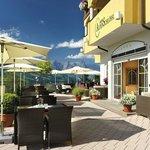 Hotel AlpenSchlössl im Sommer