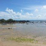 Maré baixa na terceira praia