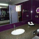 salle de bain côté lavabo