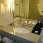 salle de bain chambre 569