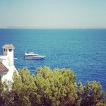Из номера открывается великолепный вид на Средиземное море!