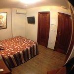 Chambre - 3e etage - Fenetre vue sur rue