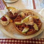 Apple Crisp Waffle, sooooo delicious!