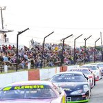 The field is set to take the green flag in this race