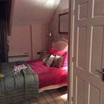 Bedroom, Cat Bels Suite