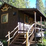 Exterior of Meadow Lark Cabin