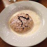 Eccles cake & cream, hmmmmm
