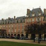 Place des Vosges, het oudste plein van Parijs