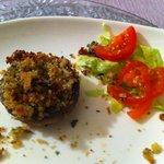 Fungo champignon ripieno di pan grattato e tartufo