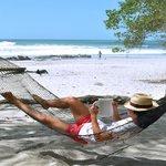 Sector de hamacas frente a playa...puro relax