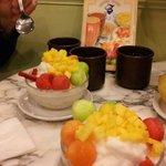 Yummy, yummy fruity desserts!