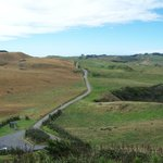 Dirt Road to Manukau headlands (last 200 meters) One vehicle at a time.