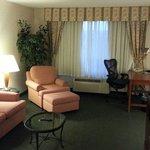 Room 522. Sitting room.