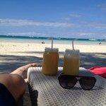 nice beach and drinks glas. :-)