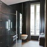 Salle de bain Douche Junior Suite