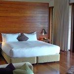 Leeward Bed