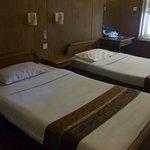 アウン ミンガラー ホテル