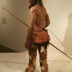 Uomo del Similaun: si notano sulla schiena i tatuaggi