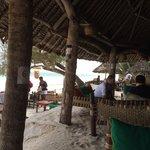 Bar & beach!!