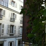 Vue de la chambre - sur rue calme