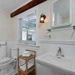 America's Cup Private Bathroom