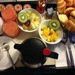 Breakfast in room!