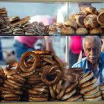 Simit means doughnuts
