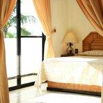 Nuestras habitaciones Suite c/ cama King Size y vista al mar