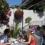 Sunny summer dining