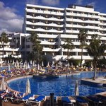 There are 404 rooms, that's a lot of sun loungers packed round the pool