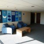 Area de estar en el 6o piso.           josepablo2004   feb2014
