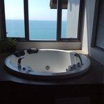 Jacuzzi bath with wonderful view
