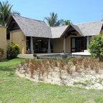 Villa ohne Pflanzen-Sichtschutz