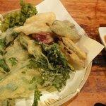 島野菜の天ぷらです。