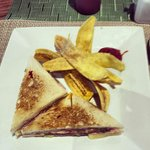 Sabroso Sandwich tradicional