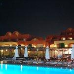 il resort di notte