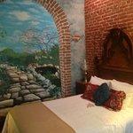 handpainted trompe-l'oeil wall murals Guest Room #1
