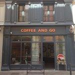 Photo de Coffee and Go