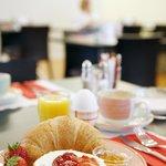 Breakfast in the Ambassador