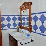 Detalle del cuarto de baño de uno de los apartamentos