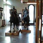 gruppo di cavalieri e cavalli