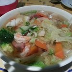 chinese house special noodle soup