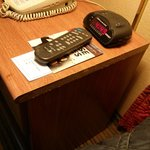 Desk Veneer -- gone...