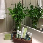 Lone Tree Golf Club & Hotel Bath & Bodyworks rain-kissed leaves bath amenities