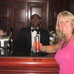 paul the singing bartender