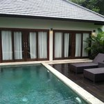 Private Pool and Living Room