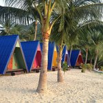 New Hut Bungalows..Recommended!